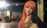 Shanghai's Drag Queens Take the Stage